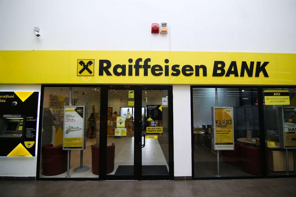 Raiffeisen to reevaluate Romanian operations
