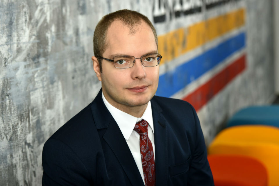 Romanians spend an average of 8.7 Euro a month for culture and recreation, says Colliers