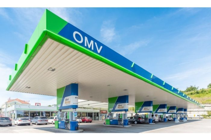 OMV Petrom launches new edition of the dual vocational education program Oilmen's School, scholarships to reach 300,000 Euro