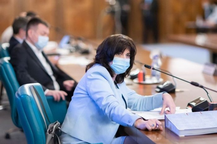Bucharest School Inspectorate to propose 14-day suspension of face-to-face teaching activities: Education Minister