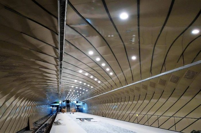 The new metro line in Drumul Taberei serves 150,000 residents and 20,000 employees working in modern office buildings, C&W Echinox says