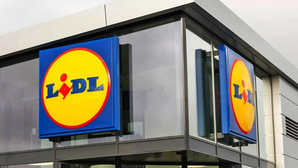 Lidl Romania partners with the Food Banks network to organize a new food collection to support vulnerable communities