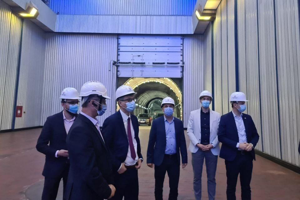 """Energy Minister talked with Hidroelectrica president about the development of """"green"""" hydrogen production technologies"""