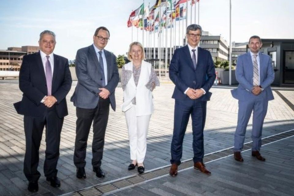 Romanian Energy Minister visited EIB HQ to strengthen investment cooperation