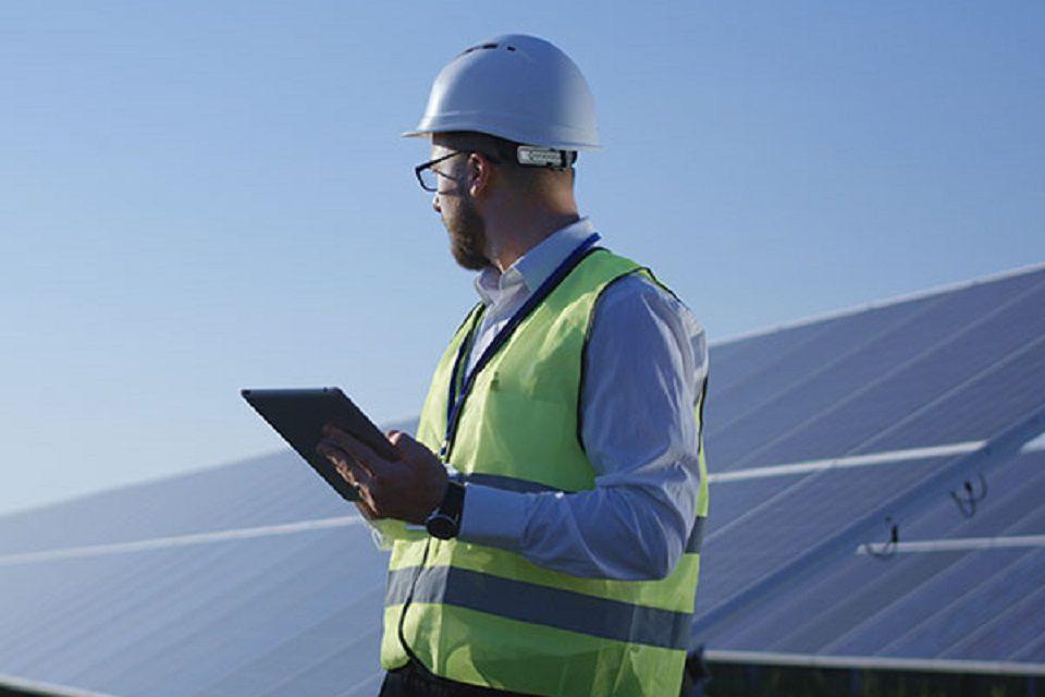 Electrica Furnizare installs 796 photovoltaic panels for  Uztel